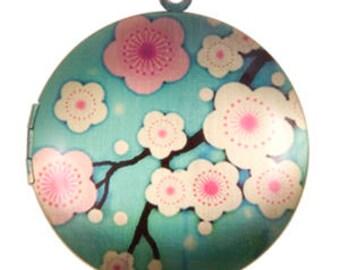 Cherry Blossom Locket, Brass -33mm