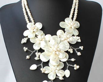 18'' Natural Freshwater Pearl shell Flower Necklace  Statement Necklace sister gift, friend gift, mothers gift, wedding gift