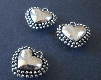 3pcs, Puffy heart pendant-antique silver tone 3D heart charm pendant