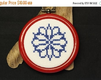 Christmas In July - Snowflake Ornament