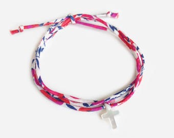 Liberty bracelet with cross in white mother of pearl