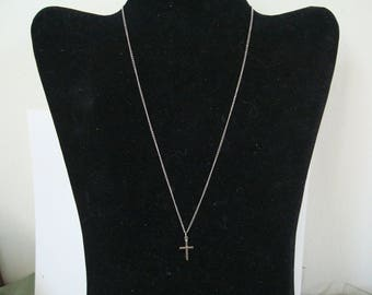 CROSS PENDANT on 16 inch STERLING silver chain. Condition like new.  See description details,