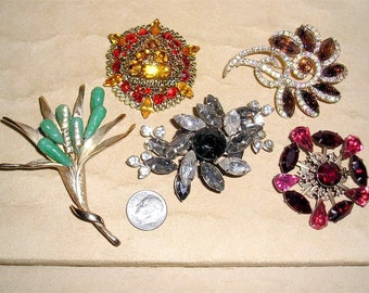 5 Vintage Rhinestone Brooches Pins 1950's - 60's Priced To Sell Jewelry Lot 2197