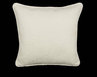 """18"""" x 18"""" Pillow Cover Ivory Cream Welting"""