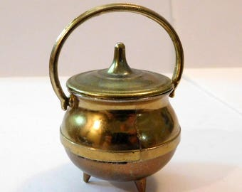 Vintage MINIATURE BRASS POT - Covered Lid and Handle - Three 3 Footed - Small - Cauldron Style
