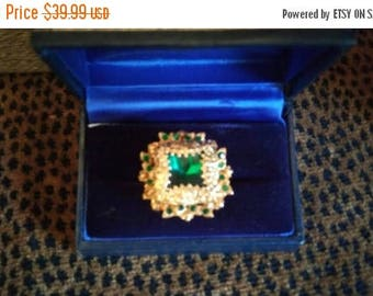 On Sale Vintage Rhinestone Ring, Green Statement Jewelry, 1950's 1960's Old Hollywood Regency Glamour Style Jewelry