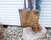 Waxed Canvas Simple Tote | Light Tan