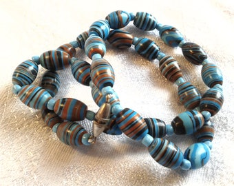 Vintage Art Deco Glass Bead Necklace, Turquoise, Agate Style.