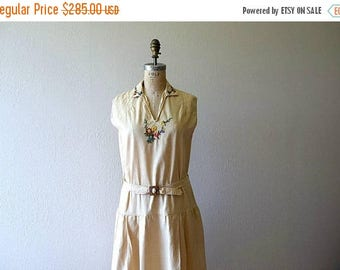 25% SALE 1920s embroidered dress . vintage 20s day dress