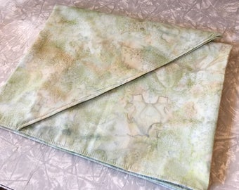 Light Green Table Runner - altar cloth, shrine decoration, tablecloth, 100% cotton