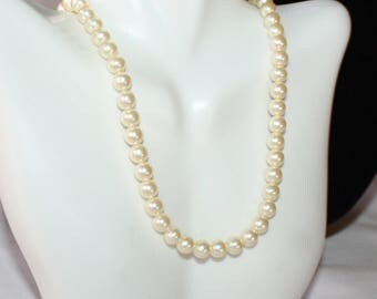 Gorgeous Vintage, Champagne Pearl Necklace