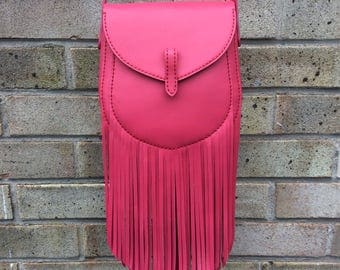 Fringed Sporran shoulder bag in fucshia Calfskin leather. Hand made and hand stitched.
