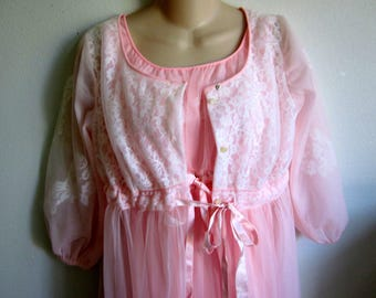 MISS ELAINE Vtg 60s Pink Chiffon Floral Lace Peignoir Robe & Nightgown Set M