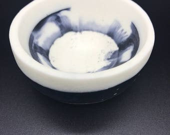 Black and white Marbled Resin Pinch Bowl