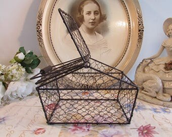 Vintage French wire carrying / display basket with opening ends