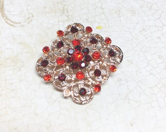 Vintage Filigree and Rhinestone Brooch, Ruby Rhinestone Brooch, Gold Tone Filigree Vintage Brooch