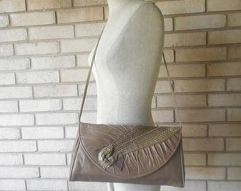 Vintage Soft Taupe Leather and Snake Skin Purse 80s