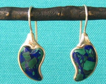 SALE Sterling & Azurite Modernist Dangle Earrings. Long Wires with C-Clasps at Base. Cabochon-like Raised Leaf Shape Inlay.  Blue and Green