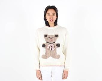 80s TEDDY BEAR Adorable Novelty Print 3D Acrylic White Cream Sweater