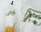 SUMMER SALE Vintage 1990's embroidered Spaghetti Strap top - Hippy Boho style Summer top - Green and white blouse - Plus size vintage blouse