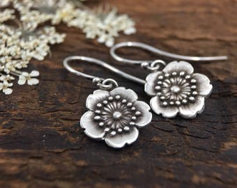 Little Flower earrings | Japanese flower | sakura earrings | cherry blossom earrings