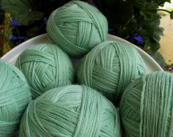 Mint green Vintage Yarn 450 g for hand knitting 007