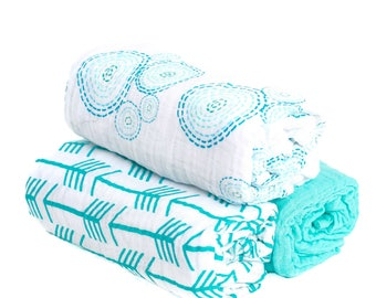 3 Pack Muslin Swaddle Blankets Aqua Bubbles with Arrows and Aqua Solid