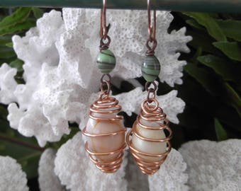 Copper earrings handmade in Hawaii, real shells in copper wire, green glass beads, FREE SHIPPING