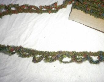 STRIPE of khaki green hoops