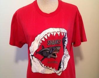 Vintage Sea World Shark Attack 80s Tshirt