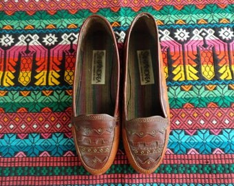 SALE Brown leather moccasin loafers size 37 6.5 7 vintage 80s