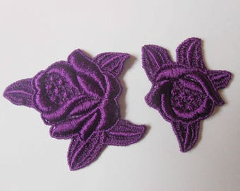 2 cotton roses