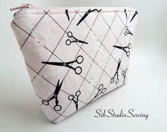 Scissors Cosmetic Bag, 9 x 6 x 2 inches, Interior Vinyl Lined for Easy Clean, Zipper Closure, Padded, Salon Makeup Bag, Quilter Makeup  Bag