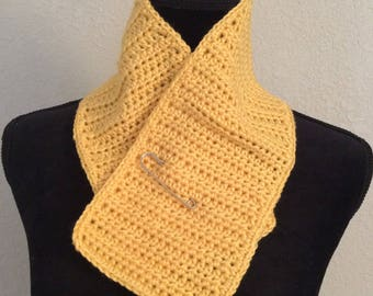 Yellow Scarflette with decorative pin