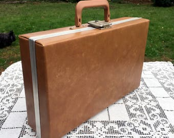 Large Caramel Color/Cassette Storage Case/Holds 24 Cassettes/Vinyl Retro Music/Cassette Carrying Case/Made in USA/Clasp Made in Italy