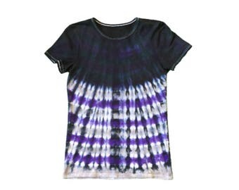 Fitted Woman's Medium - Calvin Klein T shirt- Black, Purple and Gray - Stripes and Solid