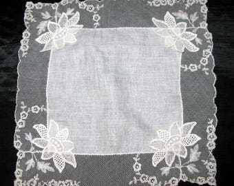 Handkerchief for bride, white lace handkerchief, vintage wedding hankie