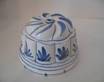 Vintage White & Blue Ceramic Mold