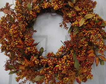 Fall wreath, autumn wreath, outdoor wreath, front door wreath, Thanksgiving wreath, berry wreath, fall door wreath, autumn door wreath