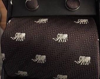 Vintage Elephant cufflink set...FREE shipping!!