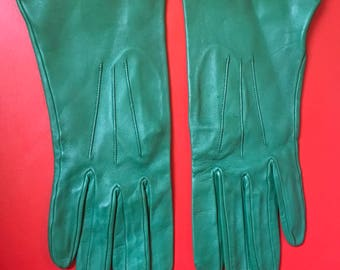 Green kid vintage leather gloves by Burfield of Martock Somerset