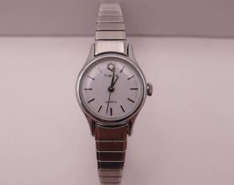 Vintage Working Retro Timex Ladies Silver Tone Quartz Watch - Stretch Band