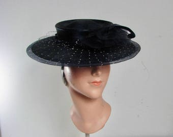 1930s Navy Blue Straw Hat with Netting & Velvet Piping.......   One Size Fits Most