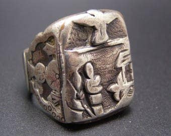 ON SALE - RARE Vintage Sterling Silver Mexican Mexico Biker Ring Heavy and Ornate