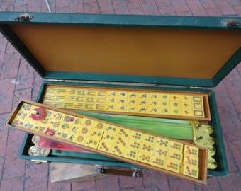 MahJong Set Chinese Bakelite Butterscotch Complete Mah jong Jongg Carrying Case Tiles Racks