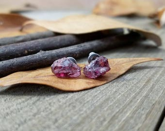 Garnet earrings - Garnet studs - garnet jewelry - raw garnet stud earrings - January birthstone - raw gemstone studs - garnet stud earrings