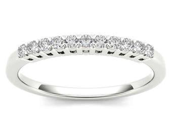 10Kt White Gold 0.20 Ct Diamond Wedding Band