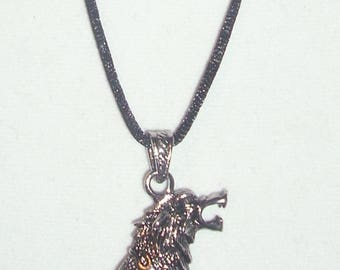 Wolf's Head Pendant Black Tooth Necklace