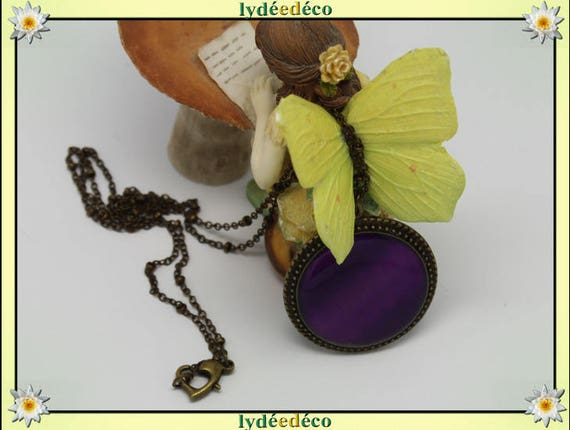 Necklace retro vintage red purple resin and brass Locket 25mm heart clasp ball chain