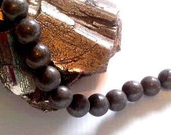 20 beads 8mm pyrite round, polished, non polished